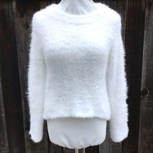 H&M Fuzzy White Sweater Girls 10-12Y